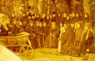 Преподобный Иосиф с Шамординскими монахинями